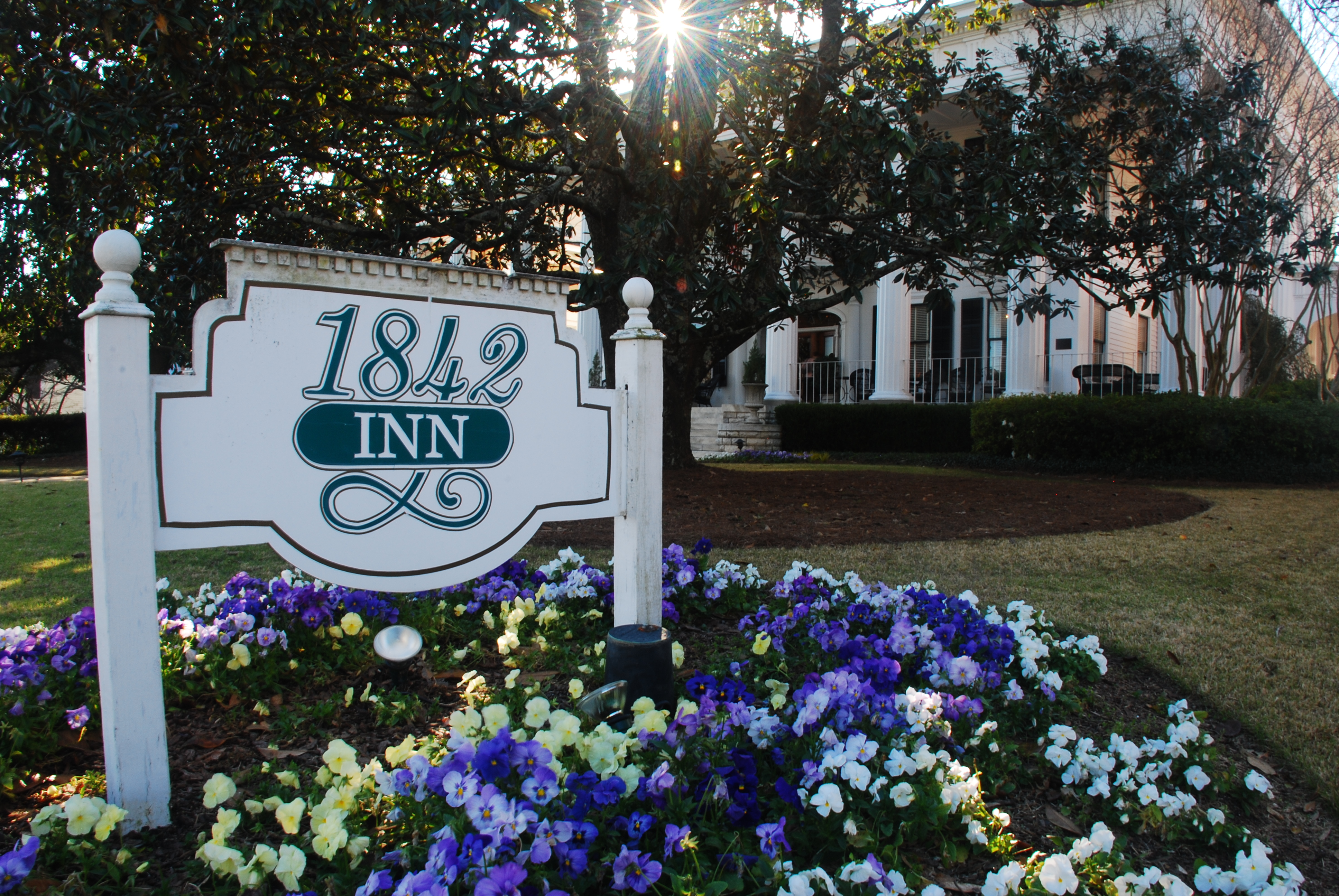 1842 Inn - A Macon Bed & Breakfast